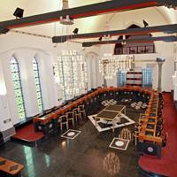 Salle du Collège de l'Administration Communale de Boussu © Long Studio 2003