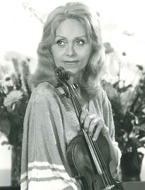 Lola-Bobesco